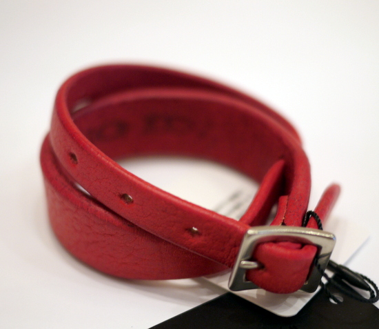 840088-341R_RED